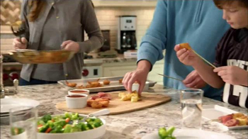 SeaPak Jumbo Butterfly Shrimp TV Spot, 'Food Network: Family Meals' - Thumbnail 5