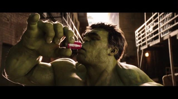Coca-Cola Mini Super Bowl 2016 TV Spot, 'Hulk vs. Ant-Man' - Thumbnail 9