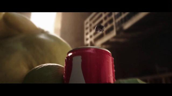 Coca-Cola Mini Super Bowl 2016 TV Spot, 'Hulk vs. Ant-Man' - Thumbnail 8