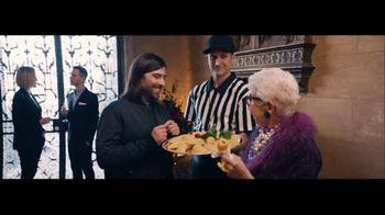 Amazon Echo Super Bowl 2016 TV Spot, 'Baldwin Bowl Party' Ft. Missy Elliott - Thumbnail 1