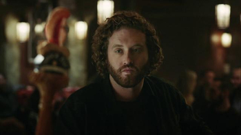 Shock Top Super Bowl 2016 TV Spot, 'Unfiltered Talk' Featuring T.J. Miller - Thumbnail 7