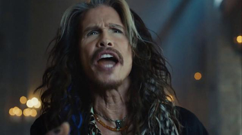 Skittles Super Bowl 2016 TV Spot, 'The Portrait' Featuring Steven Tyler - Thumbnail 7