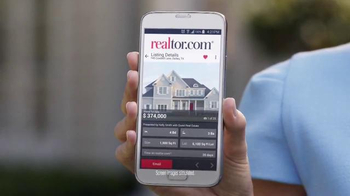 Realtor.com App TV Spot, 'All Things Real Estate' Featuring Elizabeth Banks - Thumbnail 3
