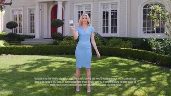 Realtor.com App TV Spot, 'All Things Real Estate' Featuring Elizabeth Banks - Thumbnail 4