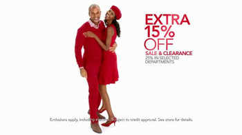 Macy's Home Sale TV Spot, 'Comforters, Pots, Luggage & Go Red' - Thumbnail 3