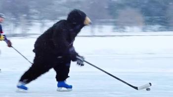 Labatt Blue TV Spot, 'Bear Pond Hockey' Song by Timmy Trumpet & Savage - Thumbnail 5