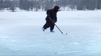 Labatt Blue TV Spot, 'Bear Pond Hockey' Song by Timmy Trumpet & Savage - Thumbnail 6