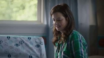 Priceline.com TV Spot, 'When Baby's On the Line' - Thumbnail 1