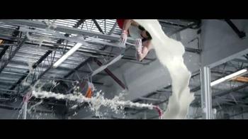 Milk Life TV Spot, 'Fuerte' con Danell Leyva [Spanish] - Thumbnail 5