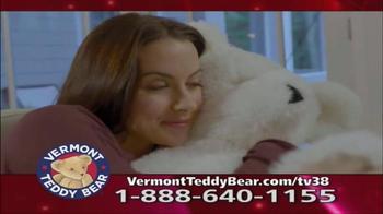 Vermont Teddy Bear Lovey Buddy TV Spot, 'Snuggle Up' - Thumbnail 2