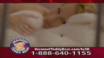 Vermont Teddy Bear Lovey Buddy TV Spot, 'Snuggle Up' - Thumbnail 3