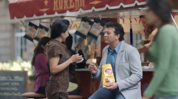 Lay's Pitch It to Win It! TV Spot, 'Asking America' - Thumbnail 4
