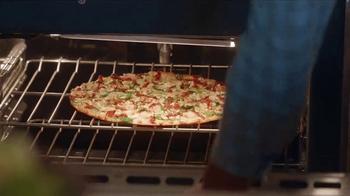 Papa Murphy's Gourmet Delite Pizza TV Spot, 'Murphy's Law of Artisan' - Thumbnail 4