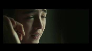 Reebok TV Spot, 'Be More Human: Hands' - Thumbnail 8