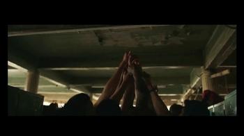 Reebok TV Spot, 'Be More Human: Hands' - Thumbnail 9