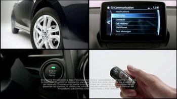 2017 Toyota Yaris iA TV Spot, 'Bombas y platillos' [ Spanish] - Thumbnail 3