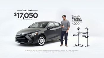 2017 Toyota Yaris iA TV Spot, 'Bombas y platillos' [ Spanish] - Thumbnail 6