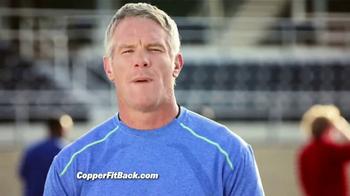 Copper Fit Back Pro TV Spot, 'Soporte lumbar' con Brett Favre [Spanish] - Thumbnail 8