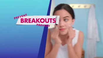 Clean & Clear Acne Triple Clear Bubble Foam Cleanser TV Spot, 'Three Ways' - Thumbnail 8