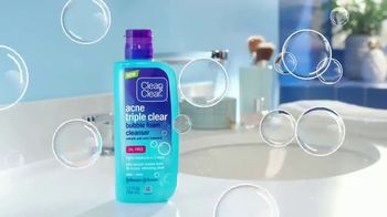Clean & Clear Acne Triple Clear Bubble Foam Cleanser TV Spot, 'Three Ways'