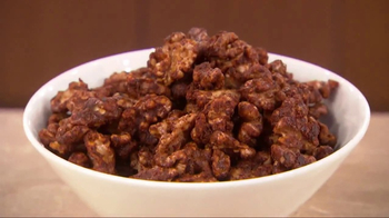 California Walnuts TV Spot, 'Spiced Walnut Recipe' Featuring Dr. Oz - Thumbnail 3