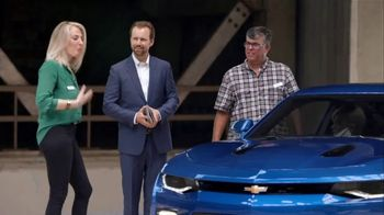 Chevrolet Presidents Day Chevy Drive Event TV Spot, 'No Words' [T2] - Thumbnail 5