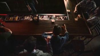 Coors Banquet TV Spot, 'Apretón de mano' [Spanish] - Thumbnail 7