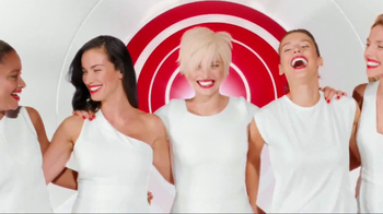 Colgate Optic White Beauty Radiant TV Spot, 'Inside and Out' - Thumbnail 9