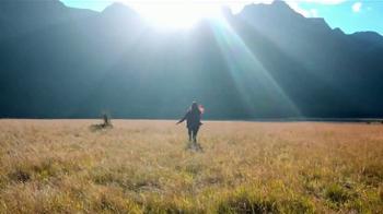Nature Valley Sweet & Salty Nut Granola Bars TV Spot, 'Meadow' - Thumbnail 1
