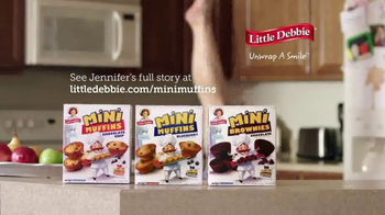 Little Debbie Mini Muffins TV Spot, 'Moms of 7am: Jennifer's Morning' - Thumbnail 4