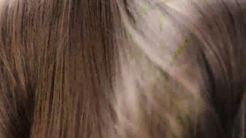 Herbal Essences bio:renew TV Spot, 'Let Life In' - Thumbnail 8