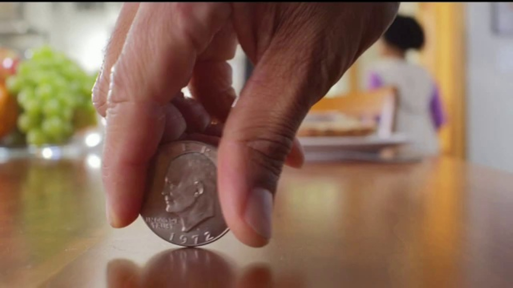 Kroger TV Commercial, 'Spinning Coin: Fuel Points'
