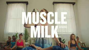 Cytosport Muscle Milk TV Spot, 'For Women With Muscles: Yoga' - Thumbnail 8