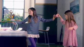 Dunkin' Donuts Heart-Shaped Donuts TV Spot, 'Spread Some Sweetness' - Thumbnail 5