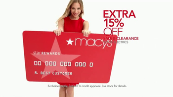 Macy's Home Sale TV Spot, 'Bedding, Luggage and Kitchenware' - Thumbnail 7