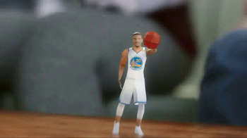 NBA TV Spot, 'Chinese New Year Secret Envelope' Ft. Jeremy Lin, Steph Curry - Thumbnail 4