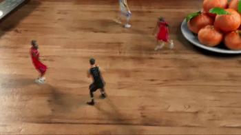 NBA TV Spot, 'Chinese New Year Secret Envelope' Ft. Jeremy Lin, Steph Curry - Thumbnail 5
