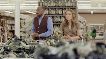 Wonderful Pistachios TV Spot, 'Ernie at the Grocery Store' - Thumbnail 4