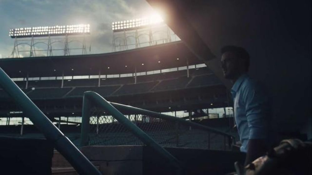 Express TV Commercial, 'Legend in the Making' Featuring Kris Bryant
