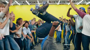 Old Navy TV Spot, 'Make Your Move in New Old Navy Jeans' Song by Riton - Thumbnail 7