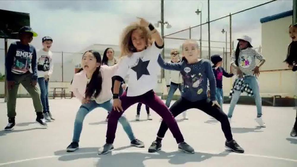 H&M TV Commercial, 'Back to School: School Yard Dance Off'