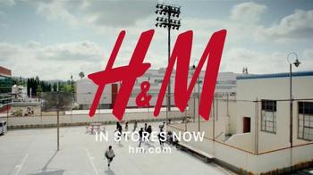 H&M TV Spot, 'Back to School: School Yard Dance Off' - Thumbnail 9