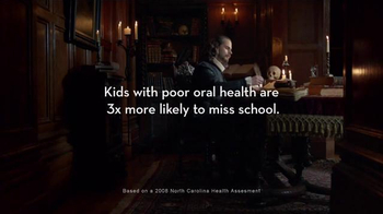 Crest TV Spot, 'Healthier Smiles Project: Shakespeare' - Thumbnail 4