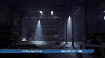 Progressive TV Spot, 'Superbox' - Thumbnail 3