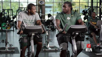 NFL Fantasy Football TV Spot, 'Friends Don't Small Talk: Picks' - Thumbnail 4