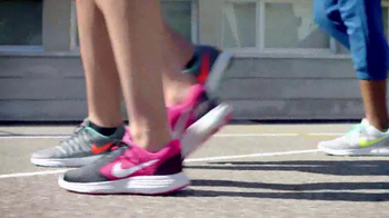 JCPenney TV Spot, 'Regreso a Clases: Nike' [Spanish] - Thumbnail 2