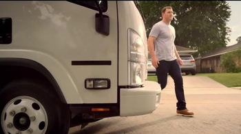 Reliant Energy First Month Free Plan TV Spot, 'Moving' Feat. Jason Witten - Thumbnail 4