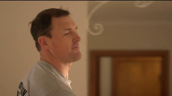 Reliant Energy First Month Free Plan TV Spot, 'Moving' Feat. Jason Witten - Thumbnail 5
