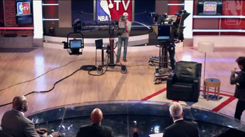 NBA TV TV Spot, 'Max' Ft. Kristen Ledlow, Grant Hill, Rick Fox, Kenny Smith - Thumbnail 6