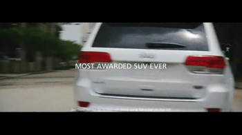 2016 Jeep Grand Cherokee TV Spot, 'The Journey' Song by Morgan Dorr - Thumbnail 6